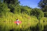 Kayak en el lago — Foto de Stock