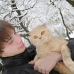 Man with Scottish Fold cat — Stock Photo