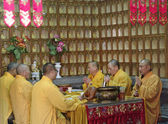 SHANGHAI - NOV. 18.2013: Buddhist monks — Stock Photo