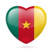 Heart icon of Cameroon — Stock Vector