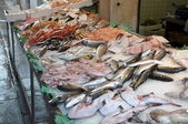Stalls on the Rialto fish market in Venice — Photo