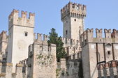 Castle on garda Lake in Sirmione — Foto Stock