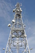Telecommunication tower with antennas — ストック写真
