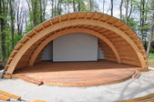 Amphitheater in the park — Stock Photo