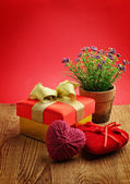 Heart, Valentines Day gift box and flower — Stock Photo