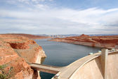 Glen Canyon Dam with Lake Powell, nevada, usa — Stock Photo