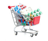 Carrinho de compras com pílulas e remédios — Foto Stock