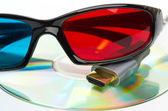 Hdmi and 3d glasses — Stock Photo