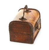 Cassa di legno chiusa isolato su sfondo bianco — Foto Stock
