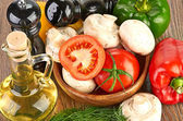 Fresh vegetables and mushrooms — Stock Photo
