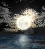 Evening ocean — Stock Photo