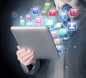 Obchodní muž používání počítače tablet pc — Stock fotografie