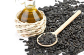 Sunflower seeds and oil — Stock Photo