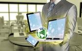 Technologie in den Händen der Unternehmer — Stockfoto