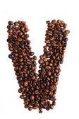 V - alfabet från kaffebönor — Stockfoto