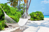Hammock on the Maldivian beach — Stock Photo