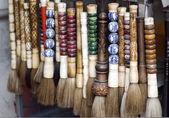 Chiński pędzelka na sprzedaży, różnych stylów, różnej wielkości — Zdjęcie stockowe