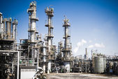 Chemical plant in the blue sky — Stock Photo