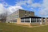 Engelska skolbyggnad — Stockfoto