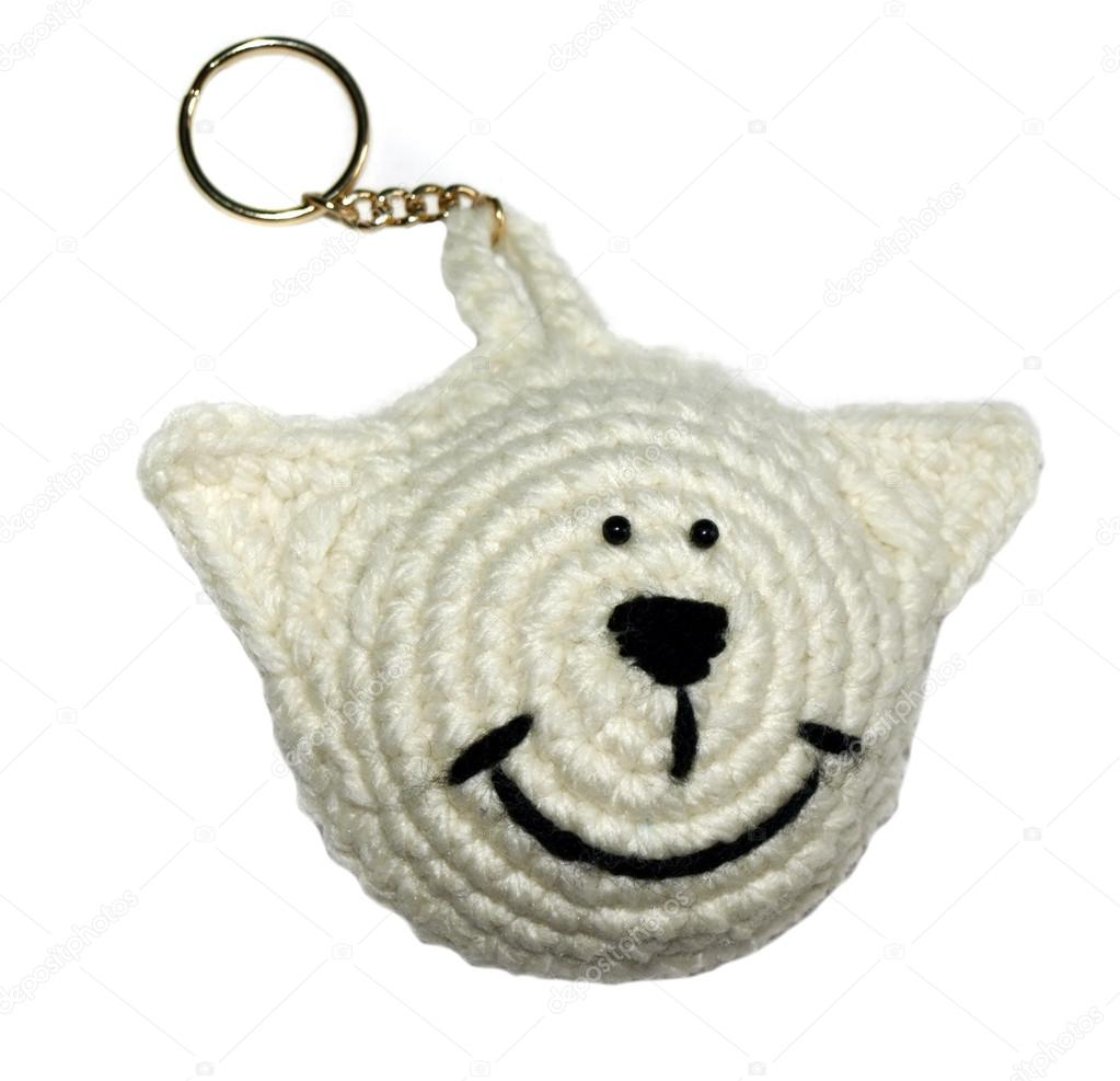 Knitted key chain as a bear's head. Handmade     — Stock Photo #12027154
