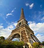 Paris Eiffel Tower in France during sunny day — Stock Photo