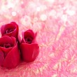 Valentines Day background. Roses on a background wrapping paper — Stock Photo