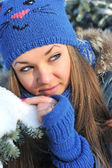 Winter portrait of beautiful girl — Stock Photo