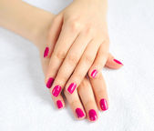 Woman beautiful hands with manicure — 图库照片