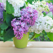 Bouquet of lilac on a natural background — Stock Photo