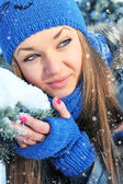 Winter portrait of beautiful girl — Stock Photo