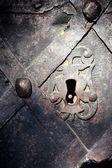 古代の戸口に古いロック — ストック写真