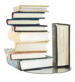 Pila de libros y discos láser — Foto de Stock