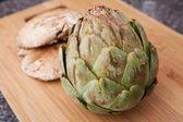 Setas de la alcachofa y portabella — Foto de Stock