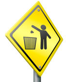 Tossing waste in trash — Stock Photo