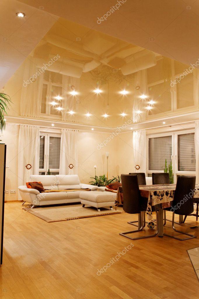 Фото дизайна потолков с люстрами