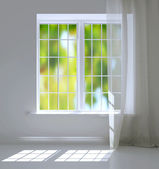 Empty white room. Modern residential window. — Stock Photo