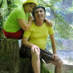 Happy mature family tourist couple — Stock Photo