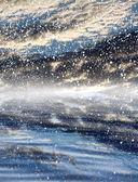 水の反射と雲 — ストック写真