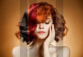 美的肖像。着色的头发的概念 — 图库照片