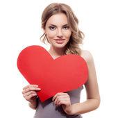 Mujer con corazón de san valentín — Foto de Stock