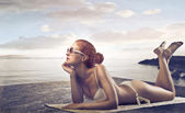 Woman Sunbathing — Stock Photo