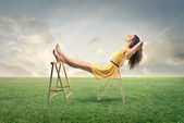 Frau entspannende — Stockfoto