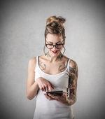 Nice tattooed woman — Stockfoto