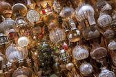 Loja com traitional árabe e marroquina lâmpadas. — Foto Stock