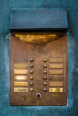 Vintage brass intercom zoemer — Stockfoto