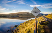 Passing Place Sign Beside Scottish Lake — Stock Photo