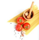 Ingredients for tomatoe sause and spagetti — Stock Photo