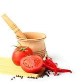 Ingredients for tomatoes sause and spagetti — Stock Photo