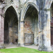 Ruins of Melrose Abbey, Scottish Borders, Scotland — Stock Photo #14936643