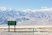 Elevation sea level sign, Death Valley National Park, California — Stock Photo